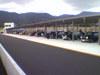 タカスサーキットパドックに並ぶローバーミニクーパー画像