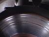 溶けたメタルパッドが張り付いたローバーミニクーパーのブレーキディスク画像