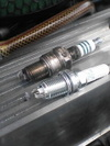 ローバーミニクーパーに取り付けたNGK多極プラグ画像4