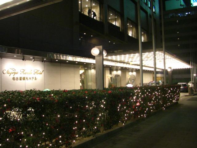 ミニクーパーで泊まったホテルエントランス
