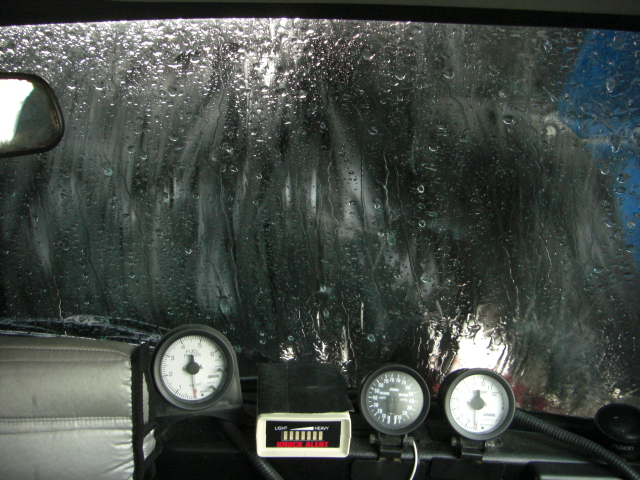 ミニクーパーと全自動洗車機8
