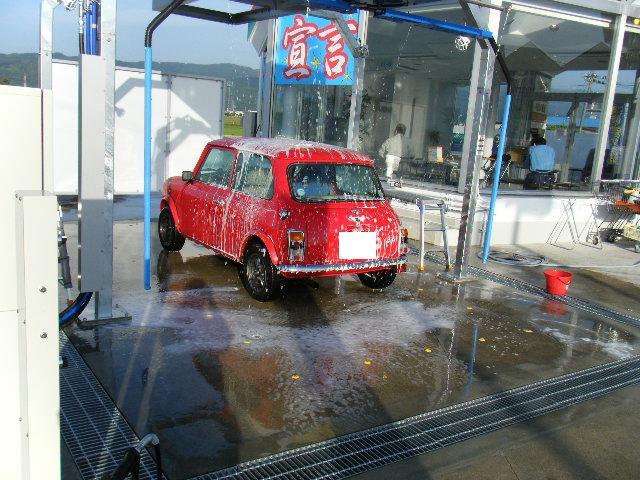 ミニクーパーの手洗い洗車機2