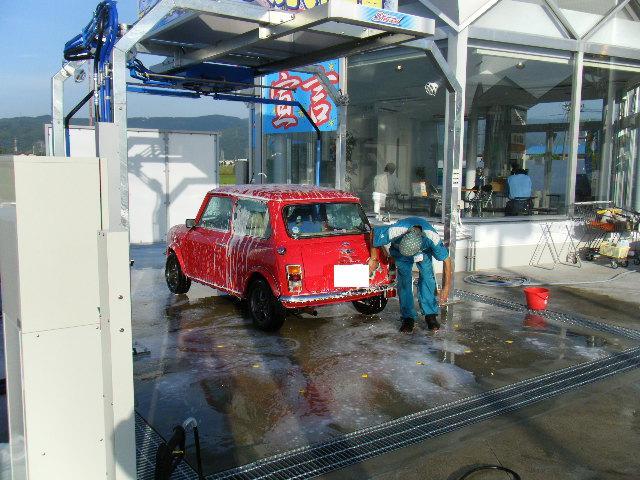 ミニクーパーの手洗い洗車機3